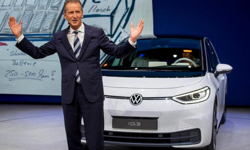 Volkswagen Board Issues Vote of Confidence in CEO Diess