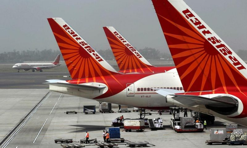 India Receives Bids to Buy State-Owned Air India Airline