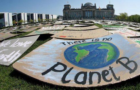 World Leaders Cheer US Return to Climate Fight Under Biden