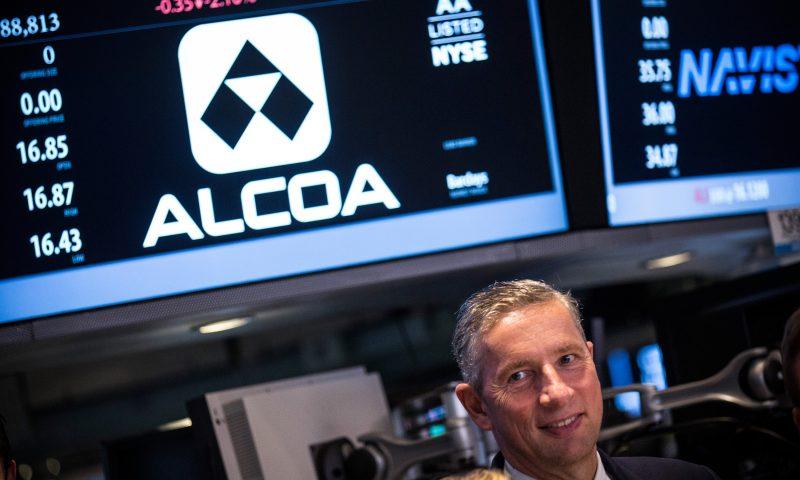 Alcoa shares fall despite earnings beat