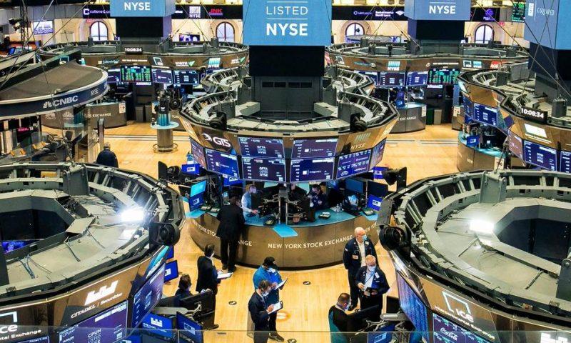 S&P 500 Climbs Again, Closing Out Best Week Since November