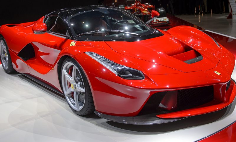 Ferrari proposes dividend distribution