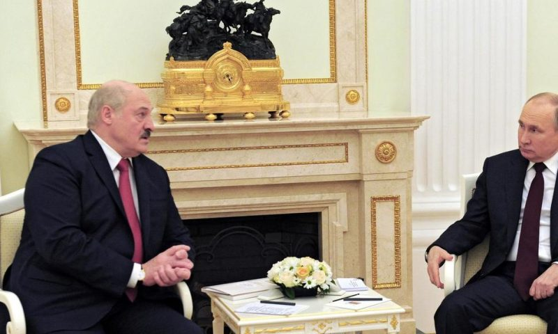 Belarus Leader in Moscow for Talks on Closer Ties