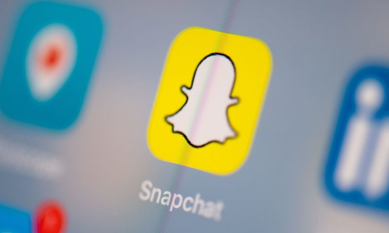 Snap shares rise 6% on better-than-expected sales, earnings