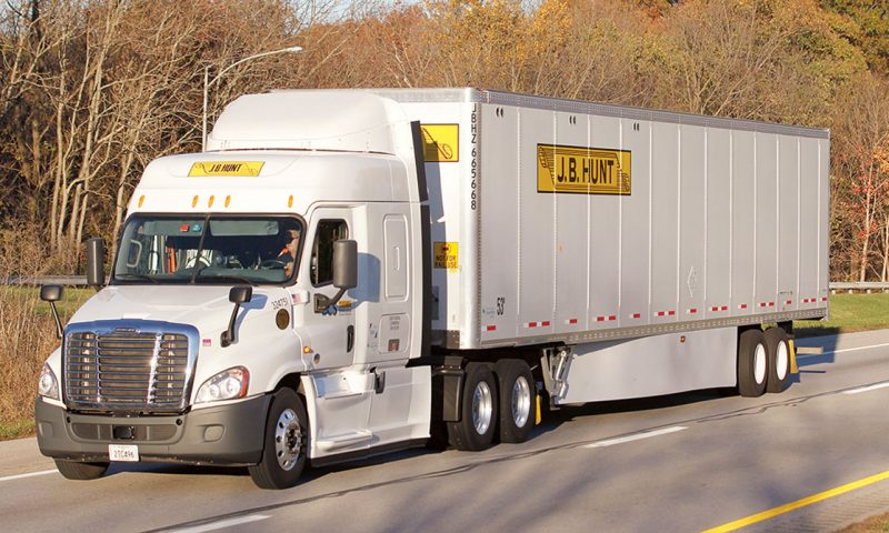 J.B. Hunt raises dividend by 7.1%, now yields about half the S&P 500