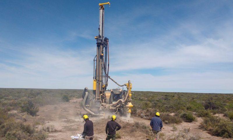 Blue Sky Uranium (BKUCF) falls 4.2%