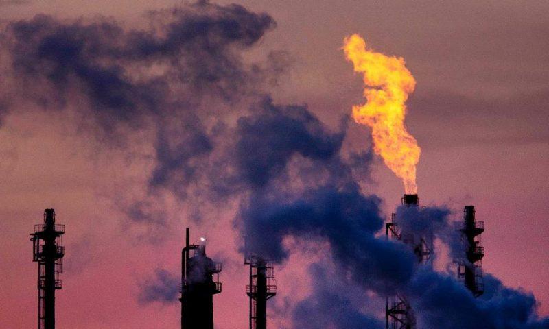 Climate Pledges See World Closing on Paris Goal