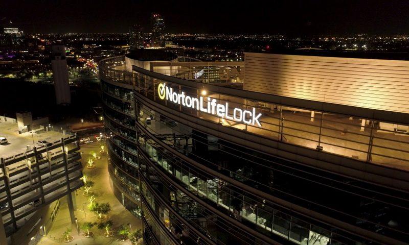 NortonLifeLock (NLOK) falls 0.15%